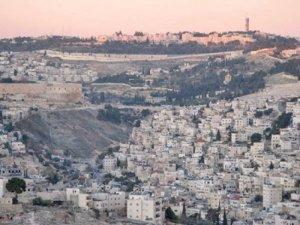 Hebrew University as seen from the East Jerusalem village of Silwan (photo: wikimedia)