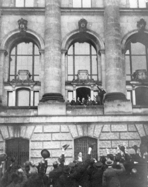 Crowds outside the Reichstag in Berlin on November 9 as the creation of the republic was announced.
