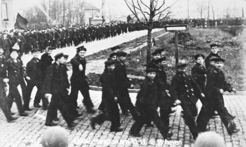 The sailors' revolt started on the Schillig Roads off Wilhelmshaven, where the German fleet had anchored in preparation of a suicidal battle. (Click to enlarge)