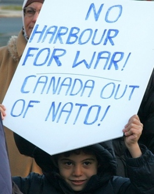 2012.11.17.HalifaxAntiWaratHalIntSecForum-mediacoop-04cr