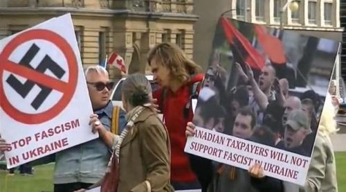 2014.09.17.OttawaPoroshenkoProtest-OttawaStreamer-05
