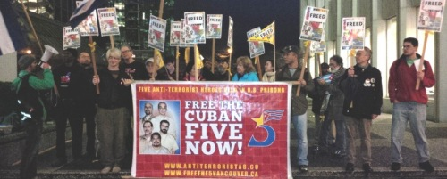 Vancouver picket December 17, 2014 celebrates release of three Cuban heroes.