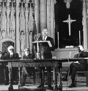 1967.Martin Luther King-riverside