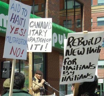 2010.04.10.TorontoWalkforHaiti-07