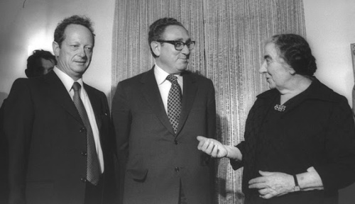 Israeli Deputy Prime Minister Yigal Allon (L) meets with US Secretary of State Henry Kissinger (C) and Israeli Prime Minister Golda Meir before dinner at the prime minister's residence, Jerusalem, Feb. 27, 1974. (photo by Facebook/The Prime Minister of Israel)