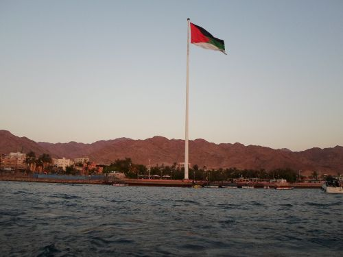 The Aqaba Flagpole holding the flag of the Arab Revolt, commemorating the site of the Battle of Aqaba | Rashdan mohammad al-rashdan