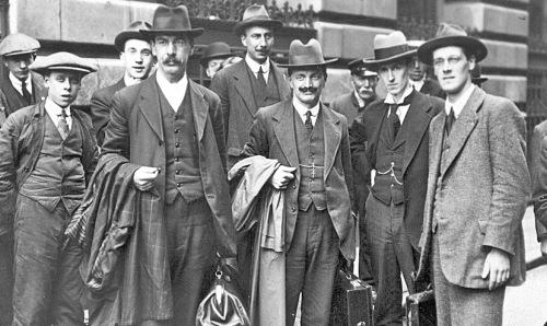 19160700-BritainMembersNoConscriptFellowshipNtCtteonwaytojailCr