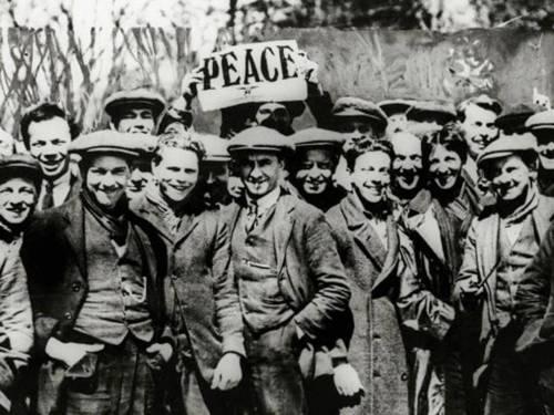 1917-BritainDartmoorProtestbyConscObjectors