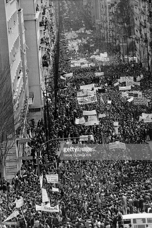 1974.portugal.may day march