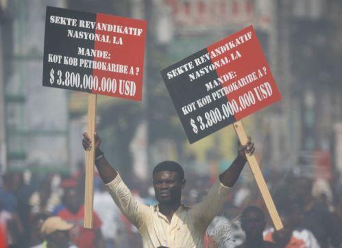 2018.10.17-HaitiPortauPrince-PetroCaribeCorruptionDemo-01